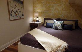 Henry (bedroom)